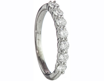 14K WHITE GOLD SHARED PRONG ROUND DIAMOND BAND