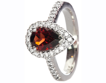 14K WHITE GOLD PEAR SHAPED GARNET AND PAVE DIAMOND RING