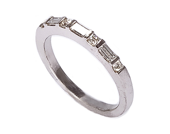 14K WHITE GOLD ROUND AND BAGUETTE DIAMOND BAND