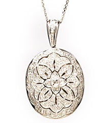 .70TW OVAL PAVE DIAMOND LOCKET