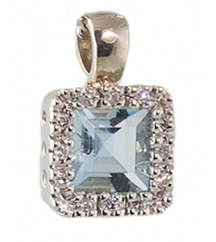 14KWG AQUAMARINE AND DIAMOND PENDANT