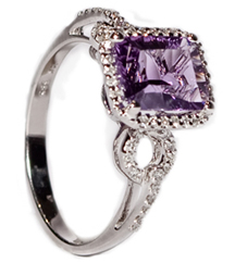 1.81CT OCTAGON AMETHYST AND .17TW PAVE DIAMOND RING