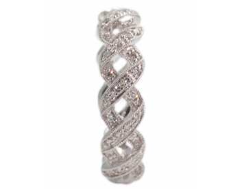 14K WHITE GOLD X DESIGN DIAMOND STACK BAND