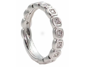 14K WHITE GOLD BEZEL SET ROUND DIAMOND STACK BAND