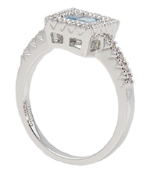 14KWG AQUAMARINE AND DIAMOND FASHION RING