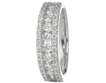 18K WHITE GOLD TRIPLE ROW ROUND DIAMOND CENTER AND PAVE DIAMOND EDGE BAND